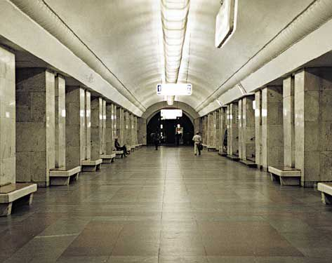 Москва: Открыта первая 3G-станция метро