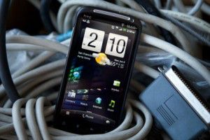 Официальный анонс телефона HTC M7