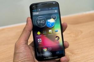 Motorola представила Moto X
