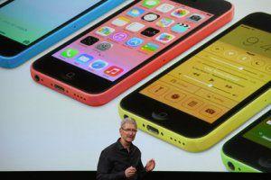 Apple представил два новых iPhone