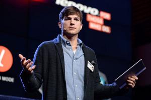 Сотрудничество Lenovo и Эштона Кутчера
