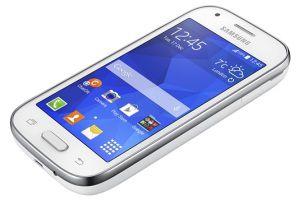 Samsung представила недорогой смартфон