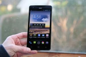 Samsung Galaxy S5 Duo поступил в продажу