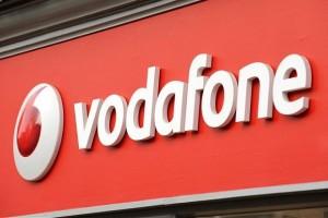 Vodafone будет продавать Yotaphone 2