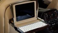 Bentley решили объединить два iPod, один Mac Mini, и IPod Touch