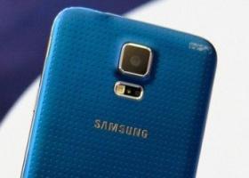 СМИ: Samsung не успевает выпускать фотомодули для Galaxy S5