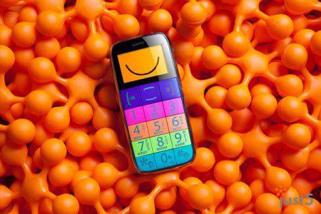 Just5 Space и Just5 BestInSpace: телефоны цвета фруктов, неба и южного заката