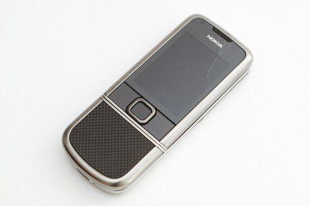 Замена стекла Nokia 8800 в фотографиях